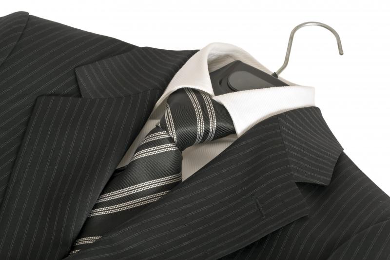 1019587-suit